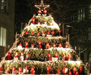Holiday Carol: Here We Come A-Nurturing
